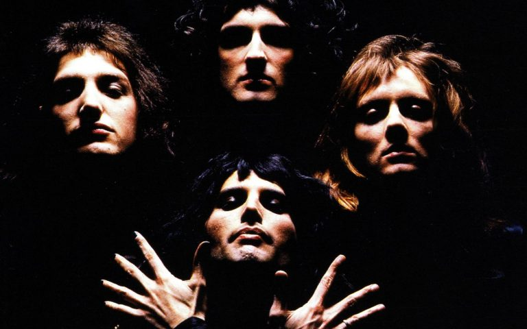 queen wallpaper 33