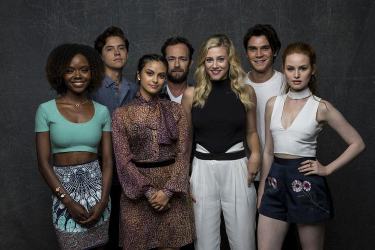 riverdale wallpaper 27